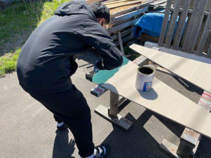 小屋パネルの塗装体験!